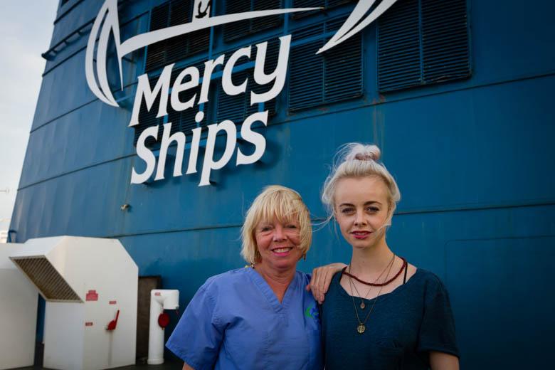 COM351 Rit Borremans (BEL) Dental Assistant, with daughter Charlotte.