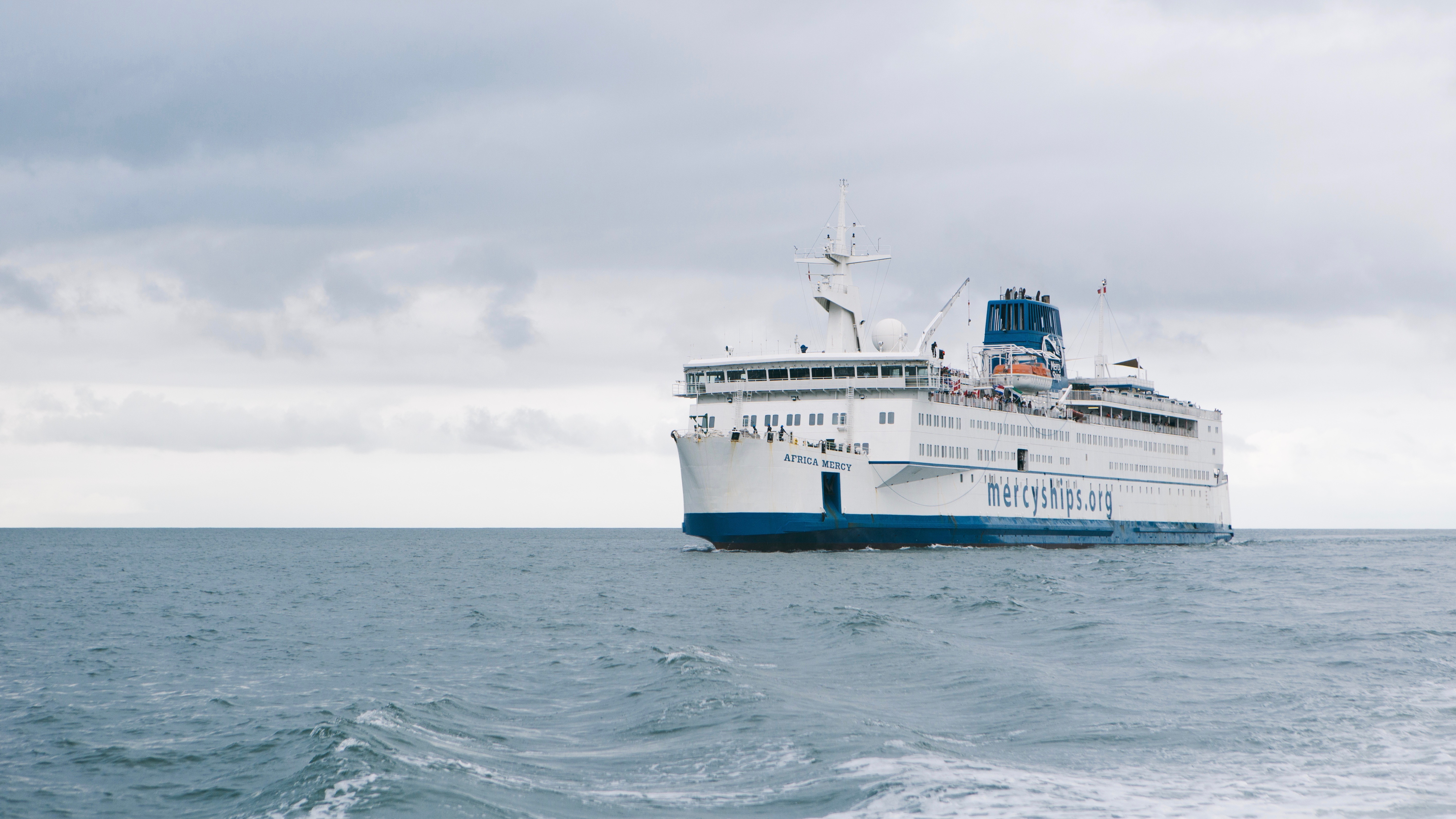 navire-hôpital Mercy Ships
